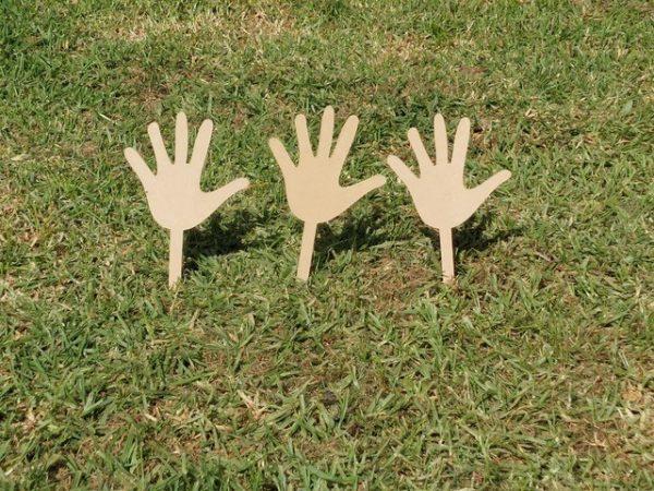 Children's Day garden hand